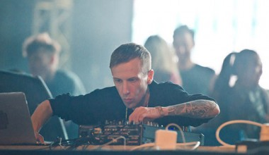 Ten Walls apologises for homophobic remarks